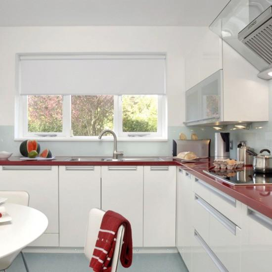 22 White Kitchens That Rock: 22 Ideas To Create Stunning Red And White Kitchen Design