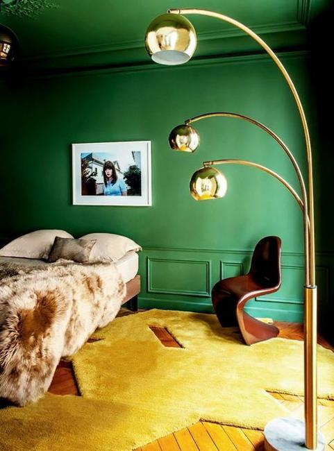 Green Wallpapers And Wall Paint Colors In Malachite Hues