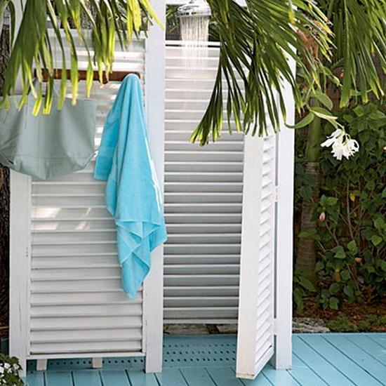 Home Design Ideas Outside: 33 Design Ideas For Wooden And Metal Outdoor Shower Enclosures