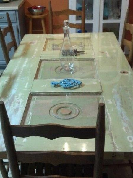 Recycling Wood Doors For Delightful Modern Tables