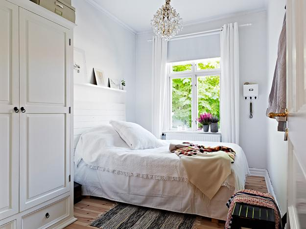 How to Stretch Small Bedroom Designs, Home Staging Tips ...