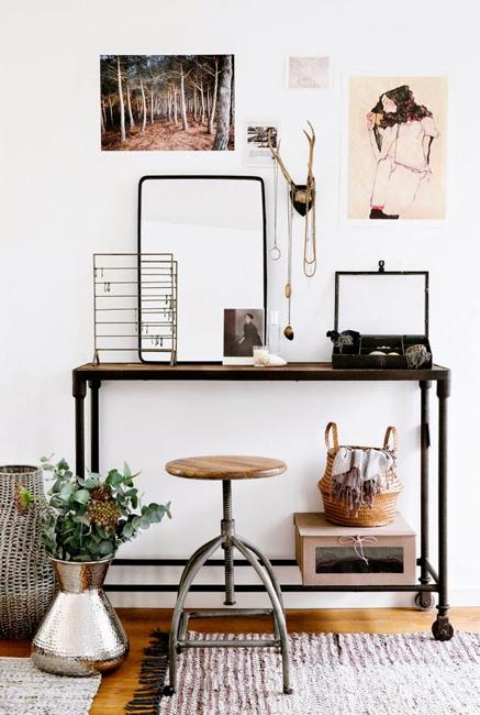 Handmade Office Furniture And Creative Wall Decor, Beautiful Small Spaces