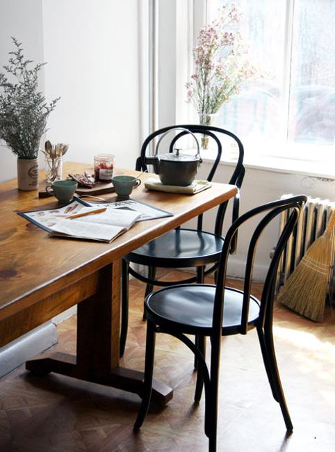 Modern Dining Room Design and Decorating in Vintage Style with ...