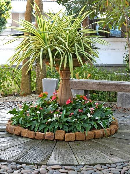 15 Unusual Flower Beds and Container Ideas for Beautiful ... on Backyard Garden Decor id=51657