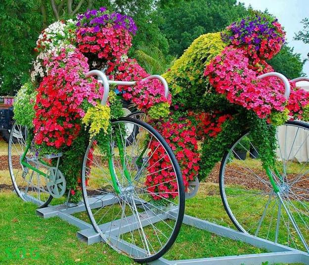 12 Amazing Ideas For Flower Beds Around Trees: 15 Unusual Flower Beds And Container Ideas For Beautiful