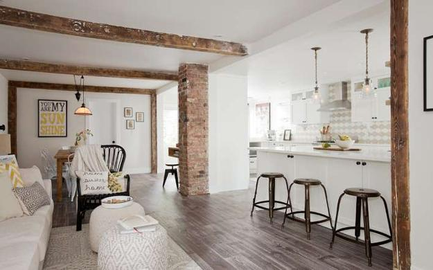 White decorating ideas brighten up old cottage renovation project - Modern cottage decorating ideas ...