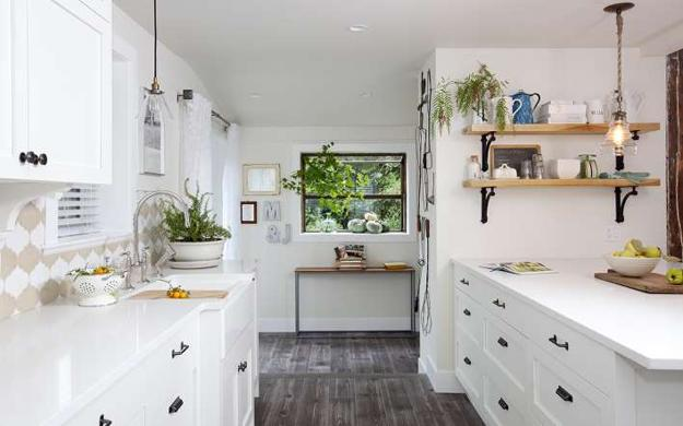 White Decorating Ideas Brighten Up Old Cottage Renovation