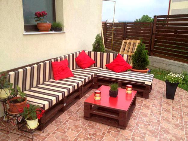 35 Outdoor Furniture And Garden Design Ideas To Reuse And Recycle