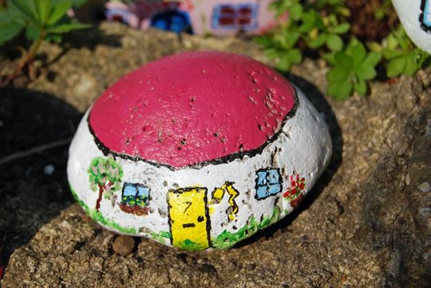 Rock Painting Ideas Little Houses For Miniature Garden Design