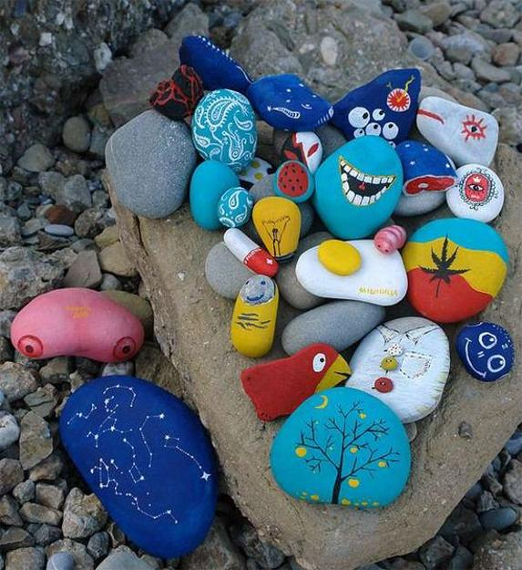 Painted Rock Design Ideas: 21 Rockpainting Ideas To Create Bright Accents For Garden