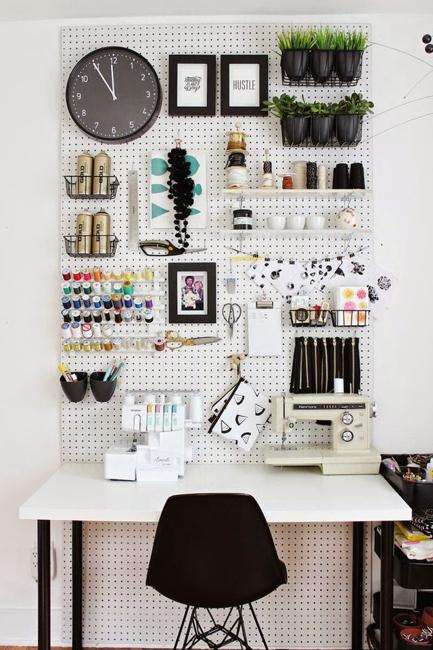 Portable shelving small storage ideas & 22 Space Saving Storage Ideas for Elegant Small Home Office Designs