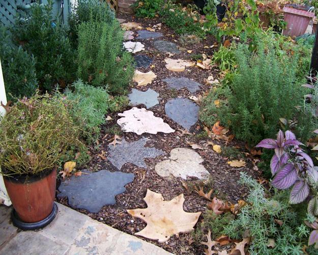 20 creaive ideas for beautiful garden paths and walkways