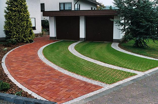 Curvy Walkway And Driveway Designs