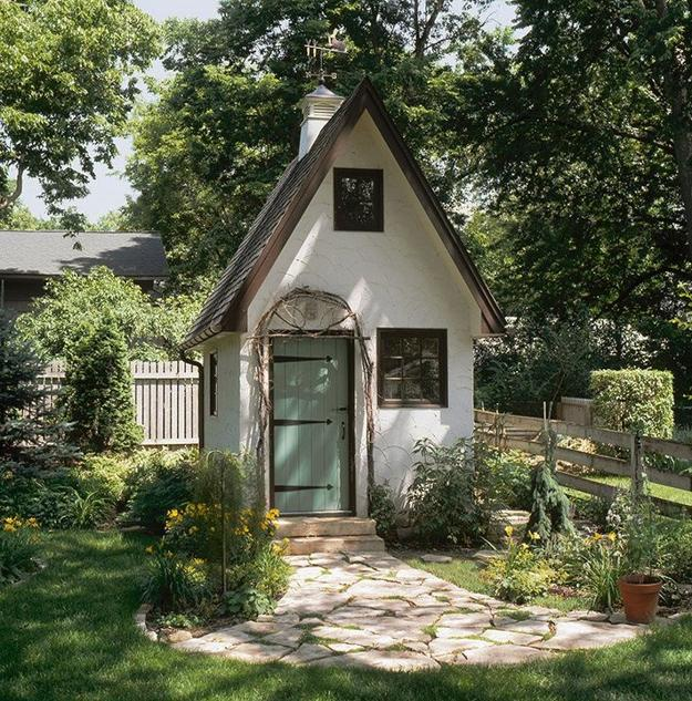 Garden Sheds And Yard Decorating Ideas
