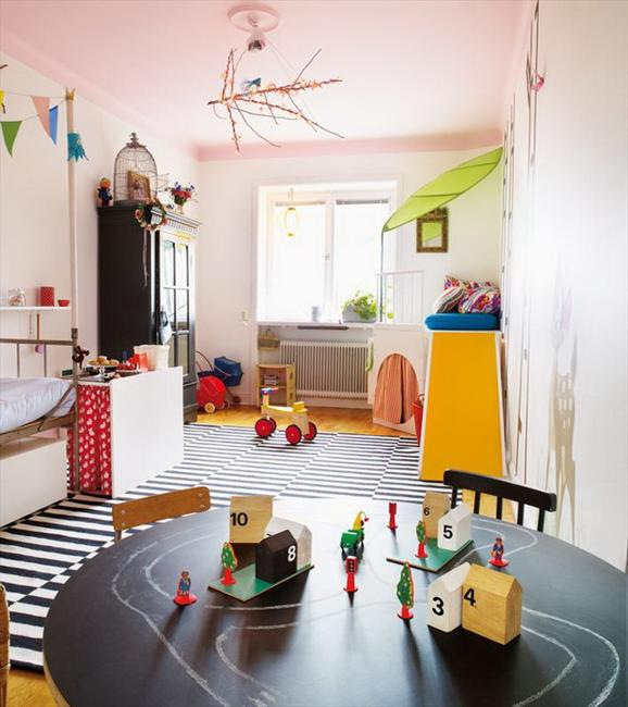 Bright Kids Room: 20 Bright Kids Room Decorating Ideas For Young Artists