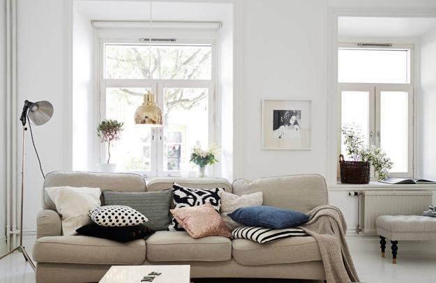 interior colors to make small spaces look larger