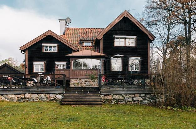 Colorful Country Home Decorating Ideas In Scandinavian Style