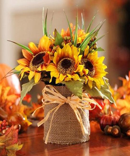 25 Creative Floral Designs With Sunflowers, Sunny Summer