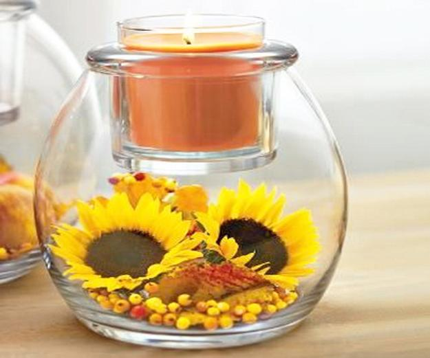 Pleasing 25 Creative Floral Designs With Sunflowers Sunny Summer Interior Design Ideas Inesswwsoteloinfo