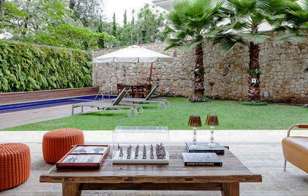10 Latest Trends in Decorating Outdoor Living Spaces, 25 ... on Patio Designs For Straight Houses id=96086