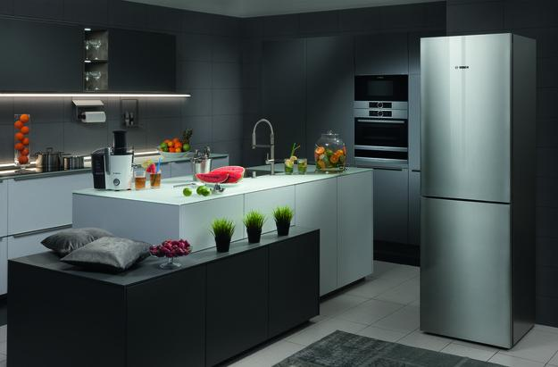 Elegantly Simple Contemporary Kitchen Design Cabinet Handles In