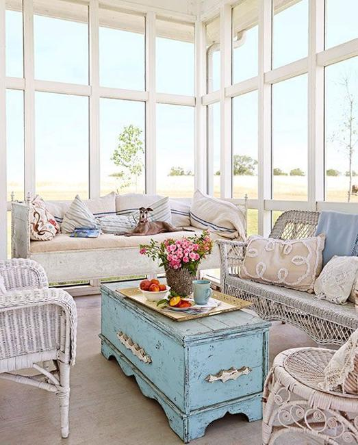 Antique Home Decor Living Room Decorating Ideas: Wicker Furniture Adding Cottage Decor Feel To Modern