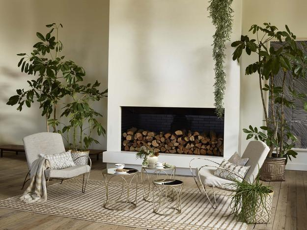 fall decorating ideas in light pastel colors