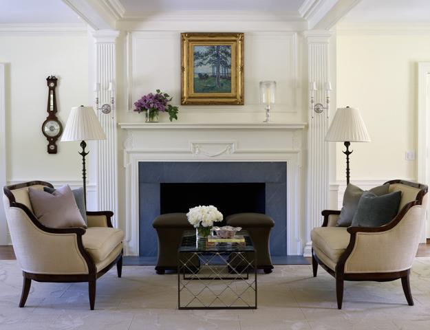 Modern Interior Design with Decorative Pilasters Adding Classic Chic ...