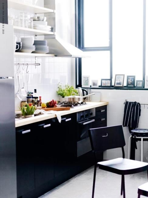 Black And White Kitchen Design For Small Spaces