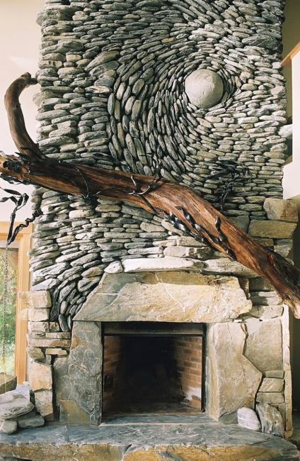 Spectacular Stone Walls Blending Ancient Art Into Creative