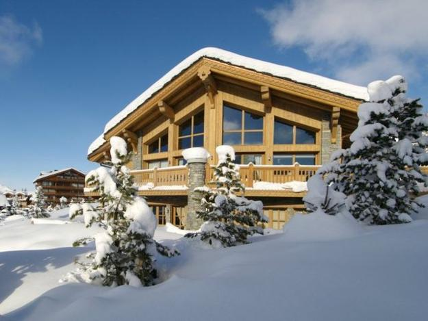 Home Design Ideas Buch: Metal, Glass And Wood Homes In Snow, Modern House Designs