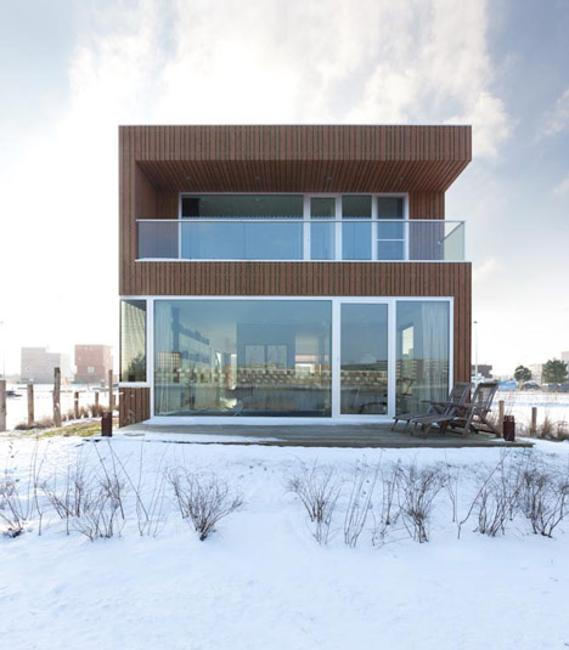 Metal Glass And Wood Homes In Snow Modern House Designs