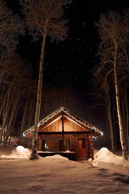 Beautiful Small Houses and Picture Perfect Winter Scenes