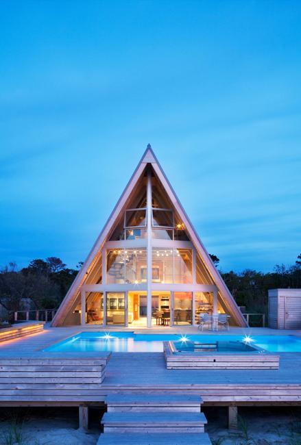 beach home interiors and house exterior design