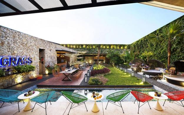 Multi Colored Outdoor Home Decor, Modern Chairs And Coffee Tables