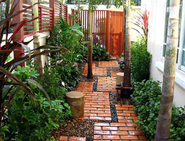 Brick walkway for small garden design & 25 Great Ideas for Romantic Garden Design with Beautiful Walkways