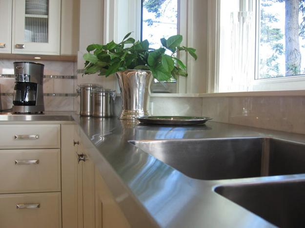 modern kitchen countertops, metal alloys and finishes