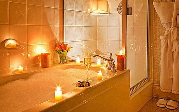 22 Sensual Valentines Day Ideas Romantic Bathroom And Tub Decorating