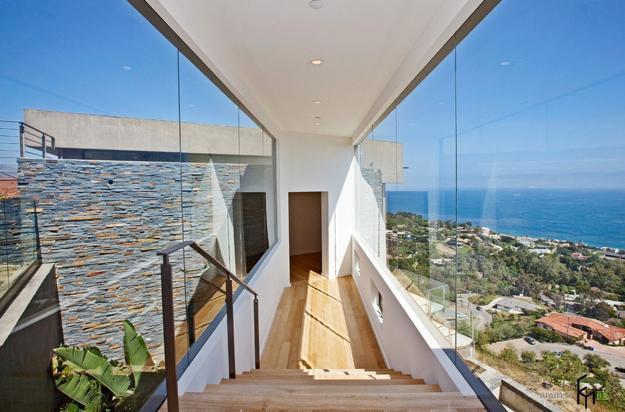 glass in modern architecture and interior design
