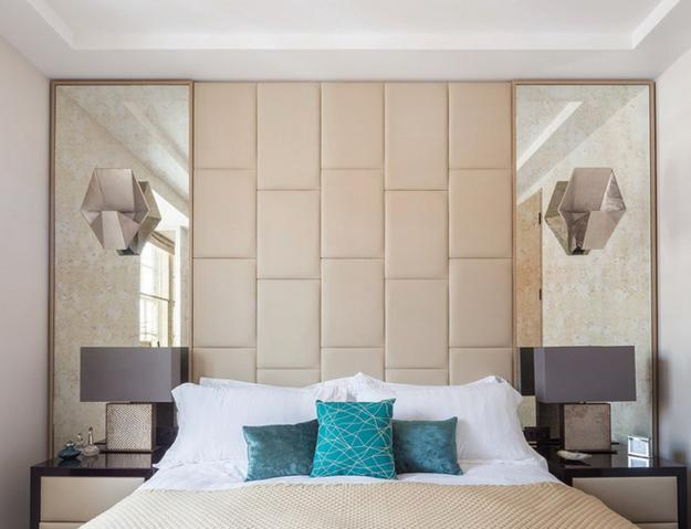 Glamorous Mirrors Bringing Chic into Modern Bedroom Designs