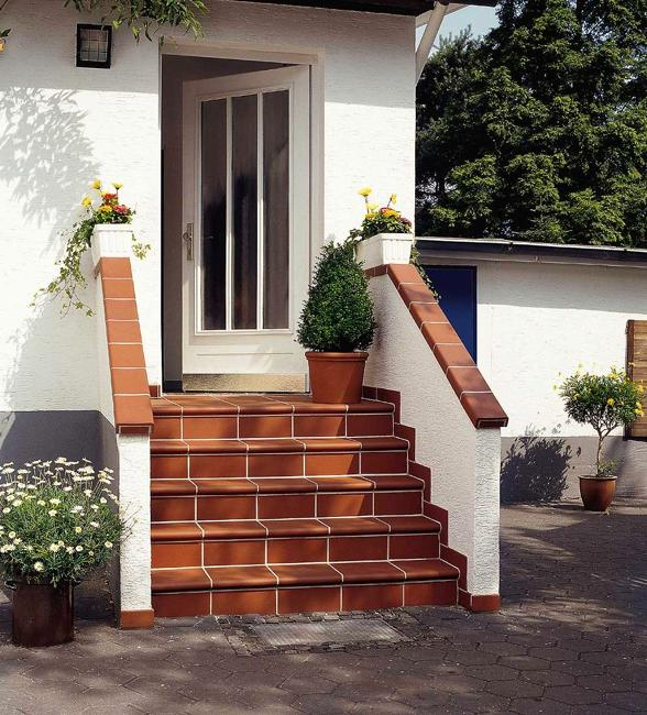 Home Design Ideas Classy: Building Exterior Stairs With Classy Bricks And Modern Tiles