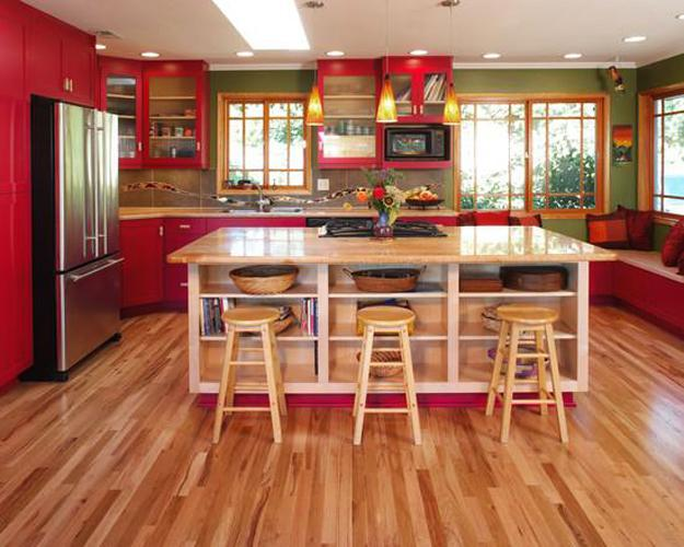 Wooden Kitchens With Red And Green Accents