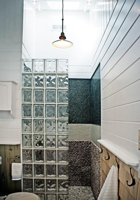 Glass Block Walls for Bright and Modern Bathroom Design