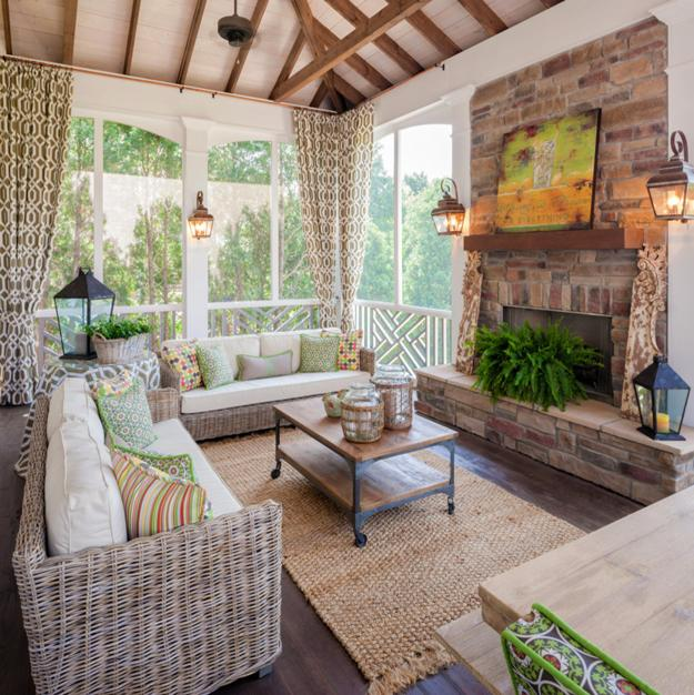 Feng Shui Color Schemes with Golden Yellow and Brown Colors