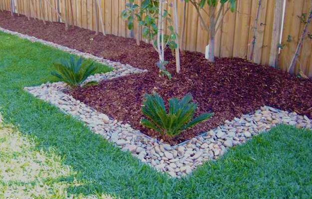 Front Yard Landscaping Ideas, Metal Edging And Rocks For Desert Garden  Design, Kathryn Prideaux, Saddlebrooke Ranch