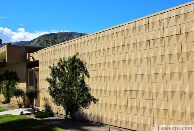 mid century modern homes exterior walls