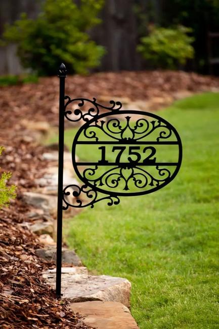 Elegant House Number Signs Showing Off Modern Metal Designs