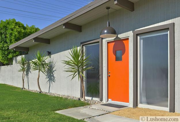 mid century modern door colors adding fashion and flair to house exteriors. Black Bedroom Furniture Sets. Home Design Ideas