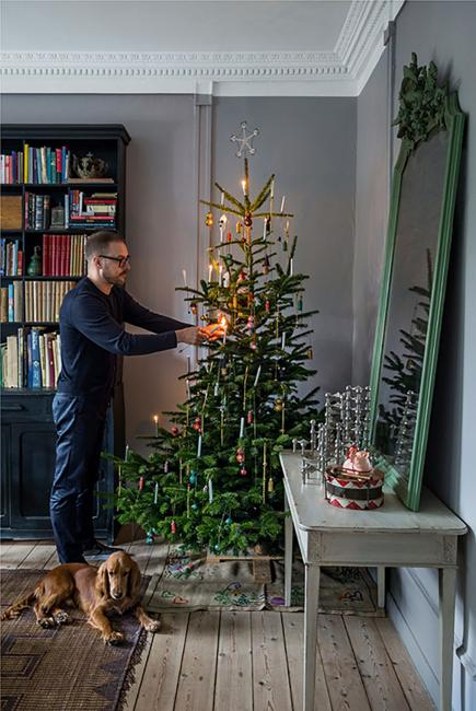 christmas tree with candles elegant decorating ideas - Elegant Christmas Decorating Ideas