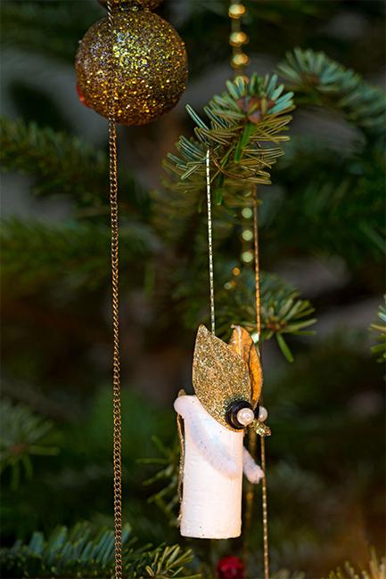 elegant christmas decorating ideas blending creativity into scandinavian style - Elegant Christmas Decorations